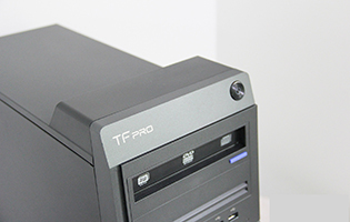 性能碾压99%商用机 评清华同方TF Pro X