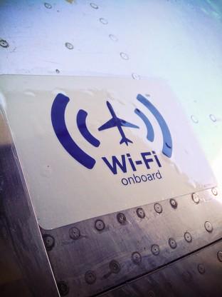 不能开手机 飞机wifi咋上网