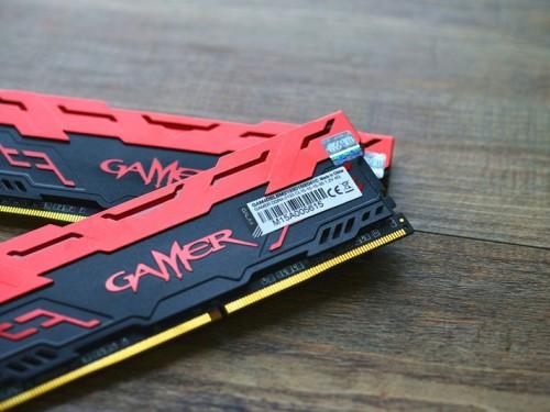 闪电提速 影驰GAMER DDR4-2400 8GB促